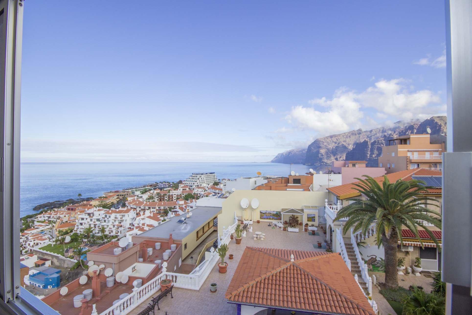 Puerto Santiago Tenerife Hotels