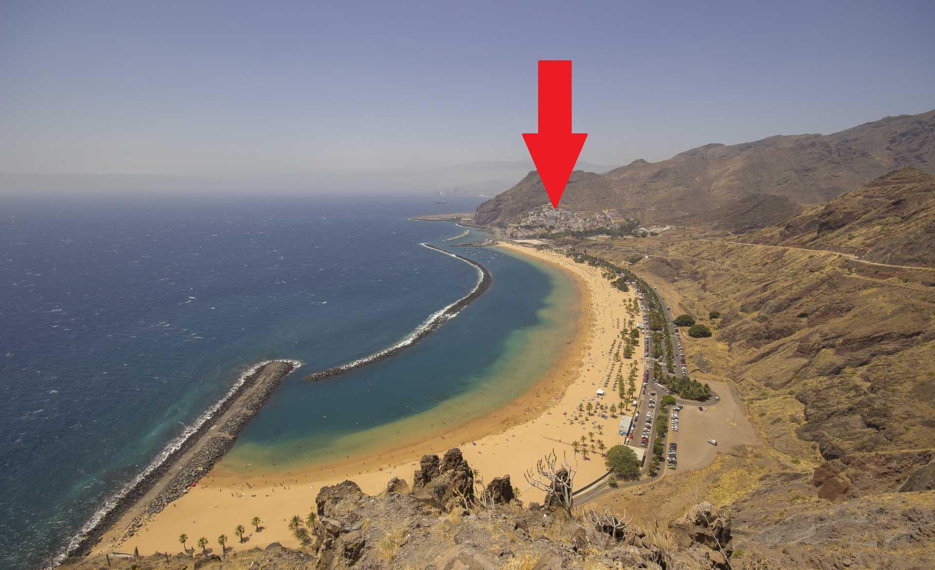 Appartamento vicino alla spiaggia di las teresitas for Case a tenerife in vendita