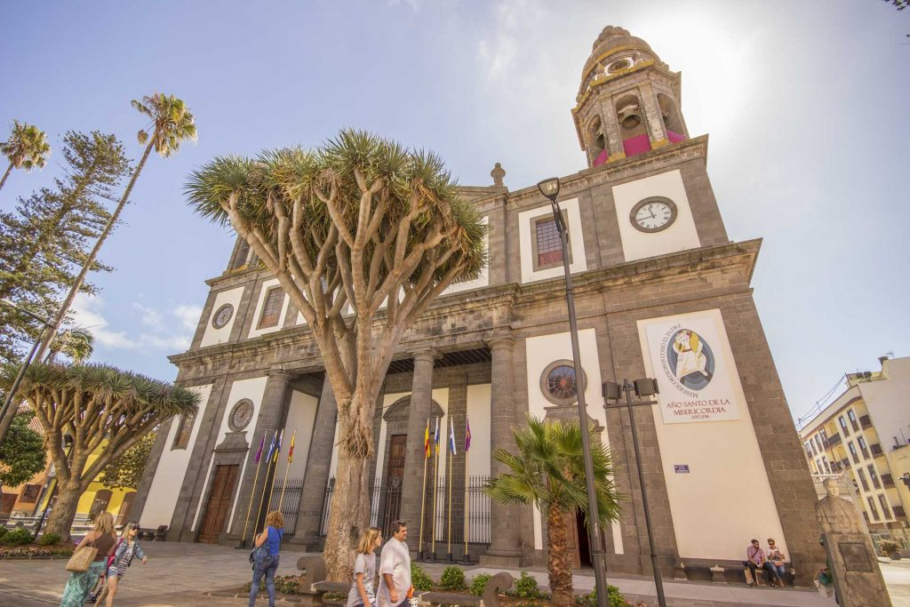 house-sale-la-laguna-cathedral-tenerife-canary-silands-1