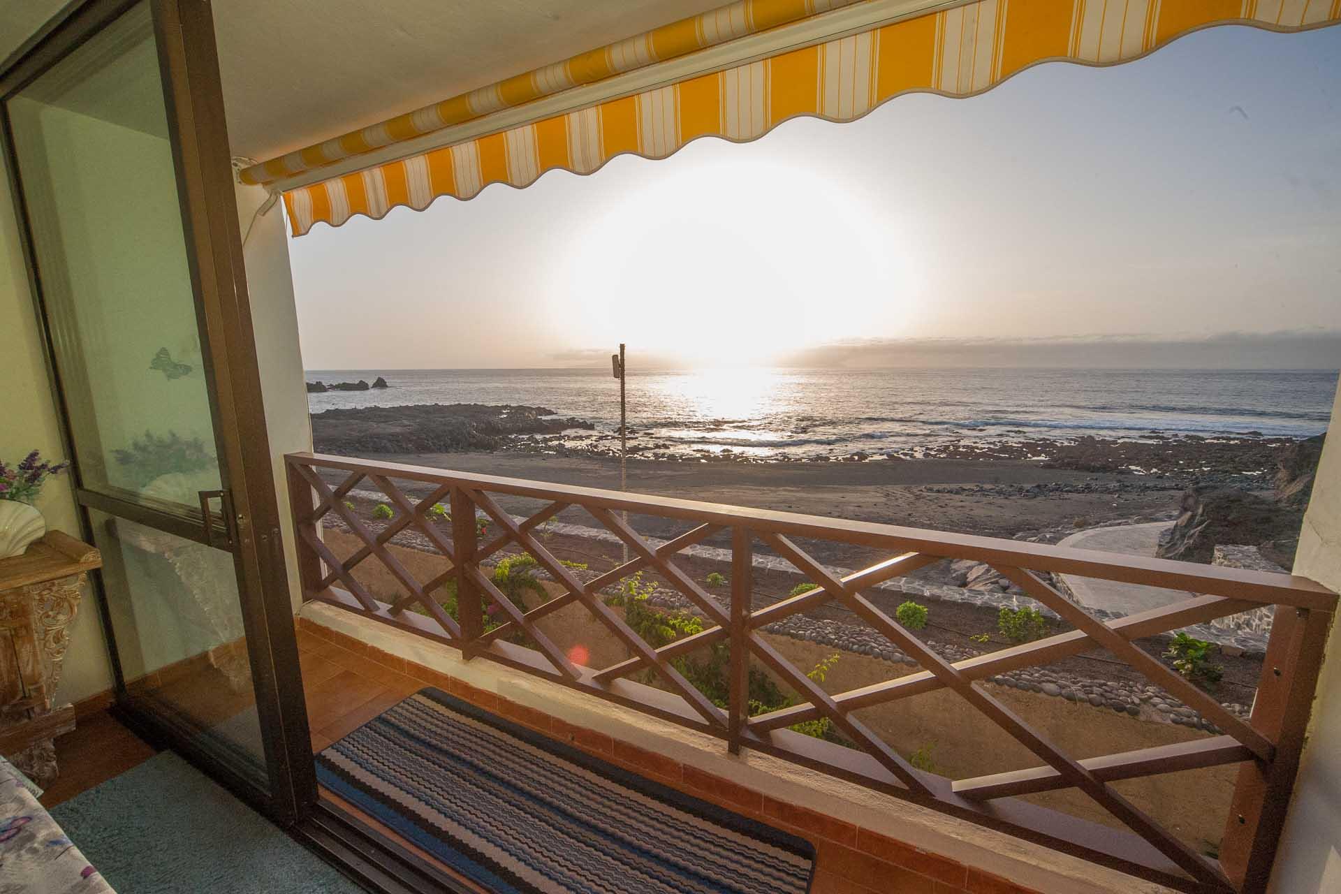 Homebeachfront Apartment In Playa De La Arena Neptuno